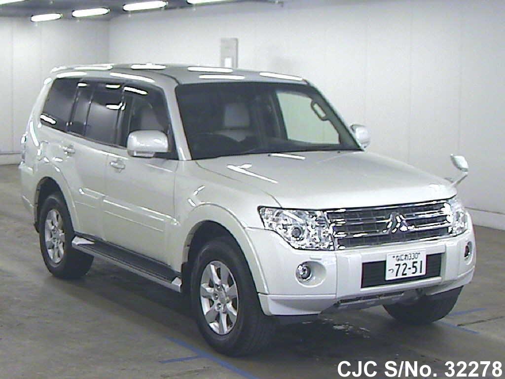 Mitsubishi / Pajero 2011 3.0 Petrol
