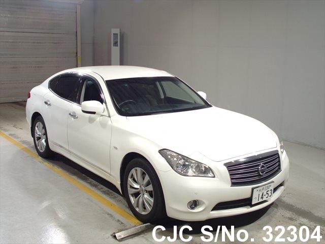 Nissan / Fuga 2011 3.7 Petrol