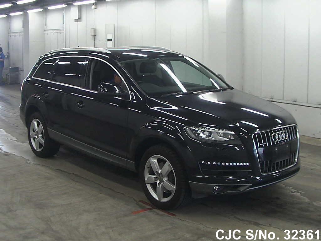 Audi / Q7 2010 3.0 Petrol