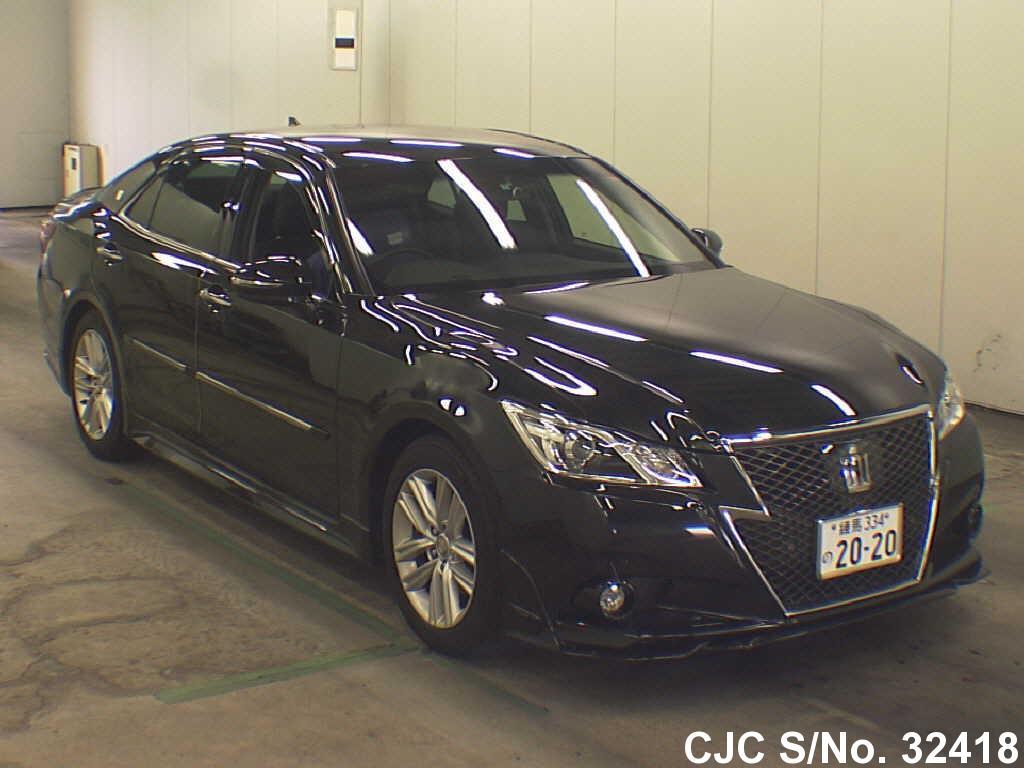 Toyota / Crown Athlete 2013 2.5 Petrol