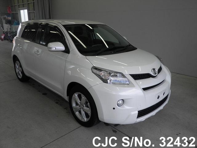 2010 Toyota IST Pearl for sale | Stock No  32432 | Japanese