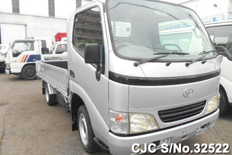 Toyota / Dyna 2001 3.0 Diesel