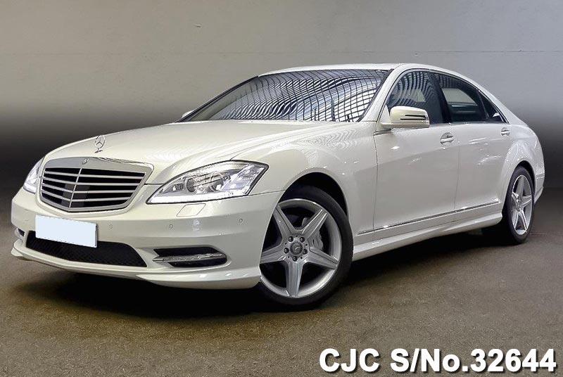 White Mercedes Benz S Class