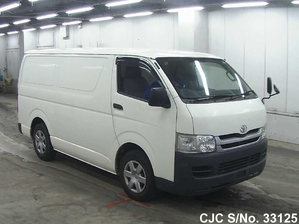 Toyota / Hiace 2009 2.0 Petrol