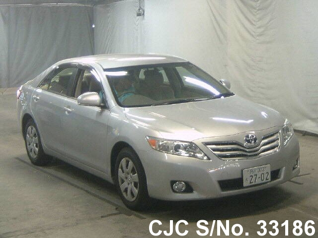 2010 toyota camry silver for sale stock no 33186 japanese used cars exporter. Black Bedroom Furniture Sets. Home Design Ideas