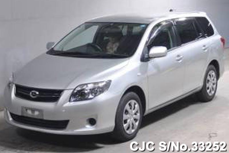 Toyota / Corolla Fielder 2010 1.5 Petrol