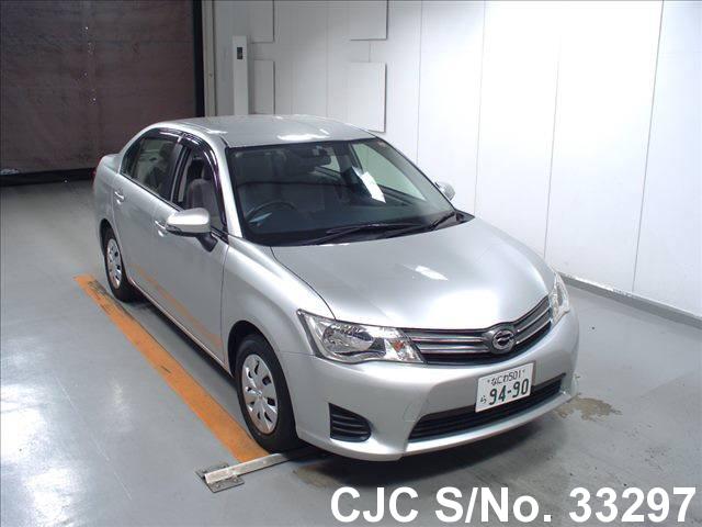 Toyota / Corolla Axio 2013 1.3 Petrol