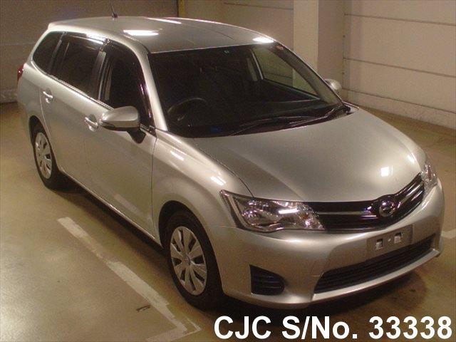 Toyota / Corolla Fielder 2012 1.5 Petrol
