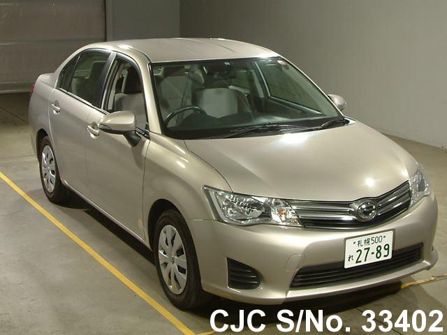 Toyota / Corolla Axio 2013 1.5 Petrol