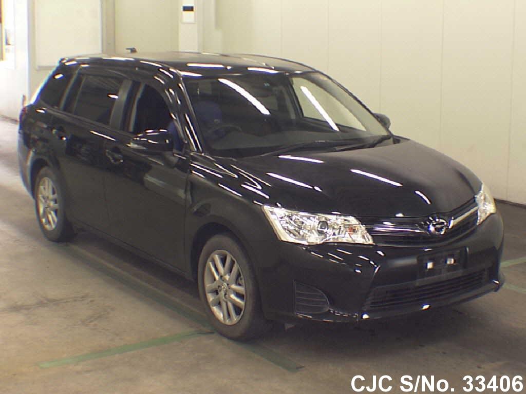 Toyota / Corolla Fielder 2013 1.5 Petrol