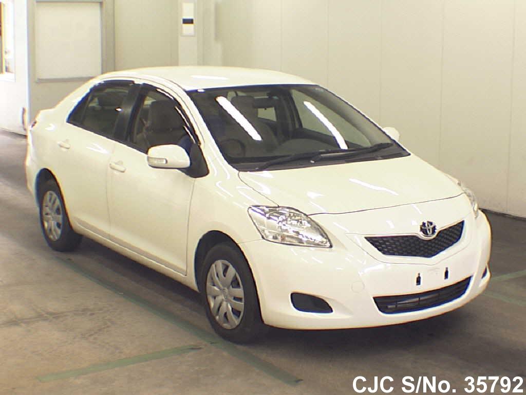 Toyota / Belta 2010 1.0 Petrol
