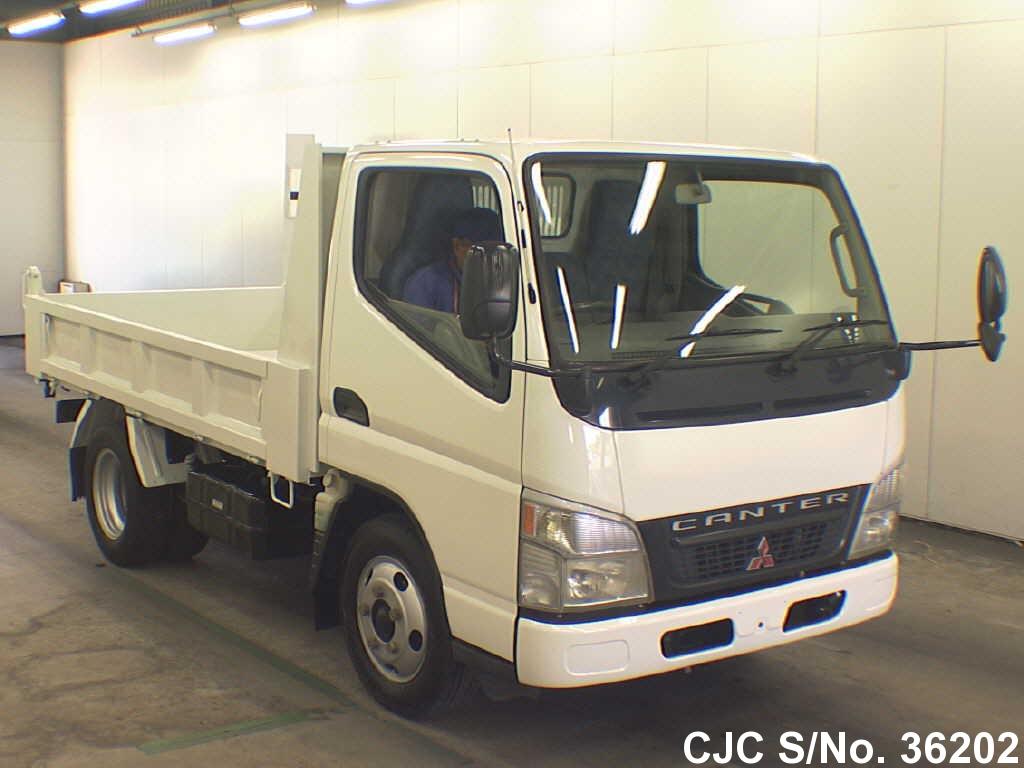 Mitsubishi / Canter 2004 3.0 Diesel
