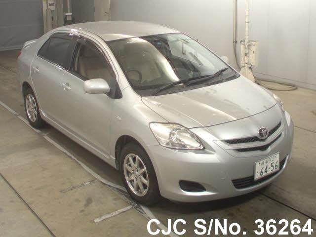 Toyota / Belta 2007 1.0 Petrol