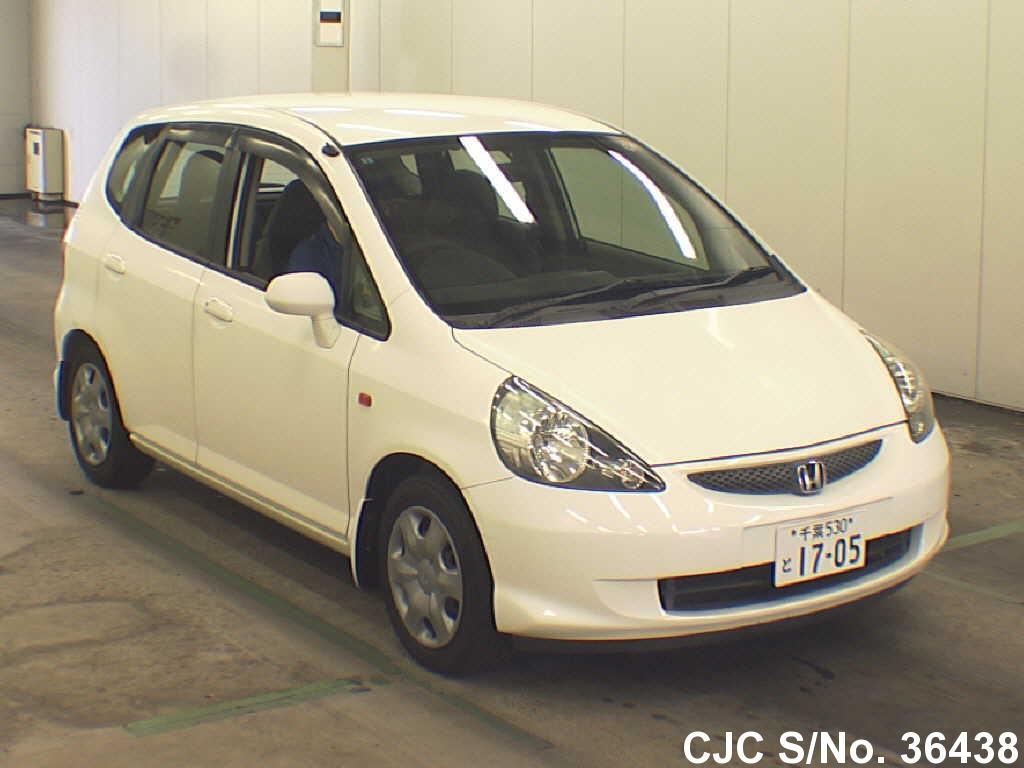 2005 honda fit jazz white for sale stock no 36438 japanese used cars exporter. Black Bedroom Furniture Sets. Home Design Ideas