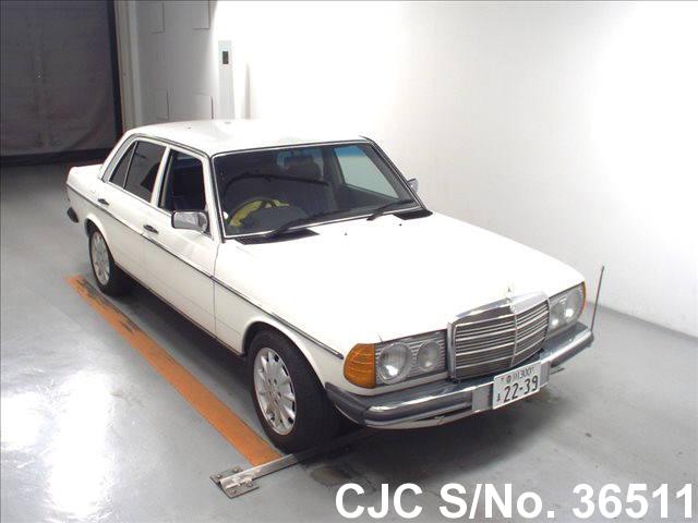 Mercedes Benz / E Class 1981 2.3 Petrol