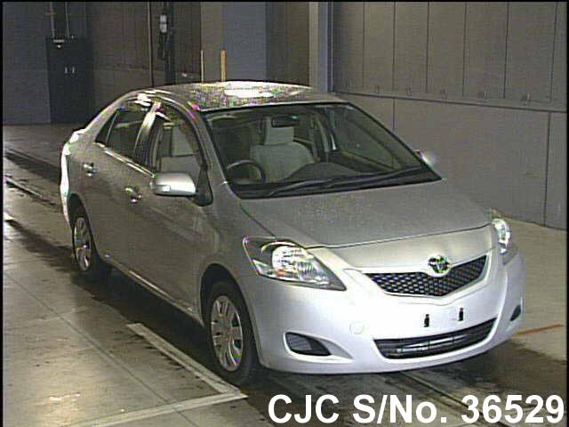 Toyota / Belta 2008 1.0 Petrol