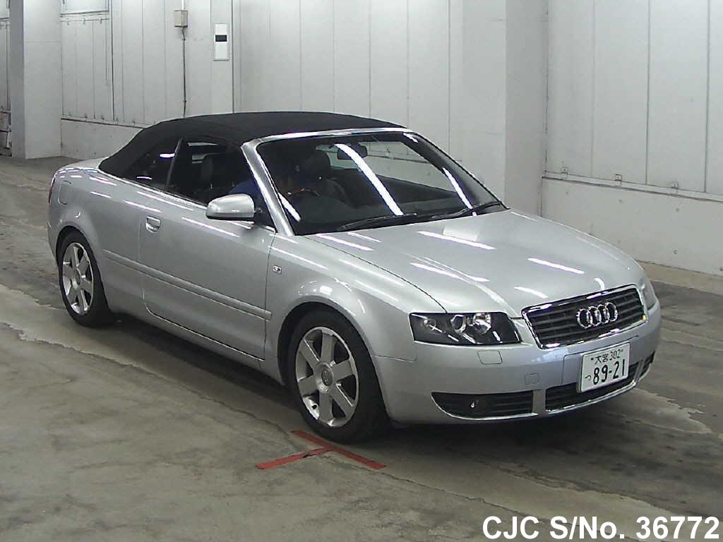 Audi / A4 2002 2.4 Petrol