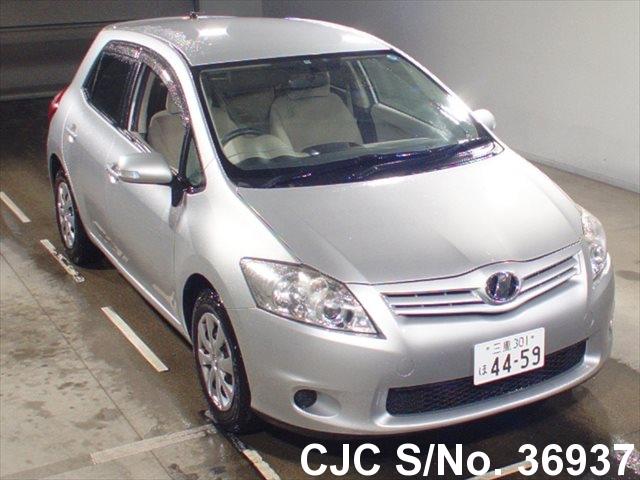 Toyota / Auris 2009 1.5 Petrol