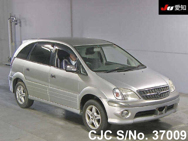 Toyota / Nadia 2000 2.0 Petrol