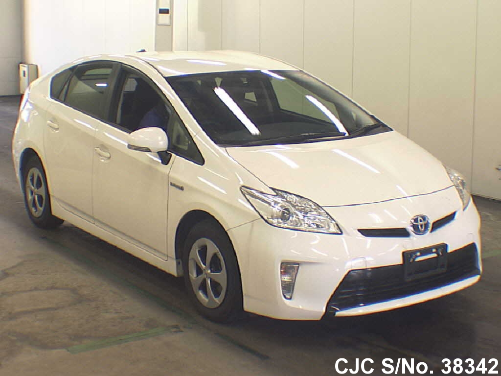 2013 toyota prius hybrid white for sale stock no 38342 japanese used cars exporter. Black Bedroom Furniture Sets. Home Design Ideas