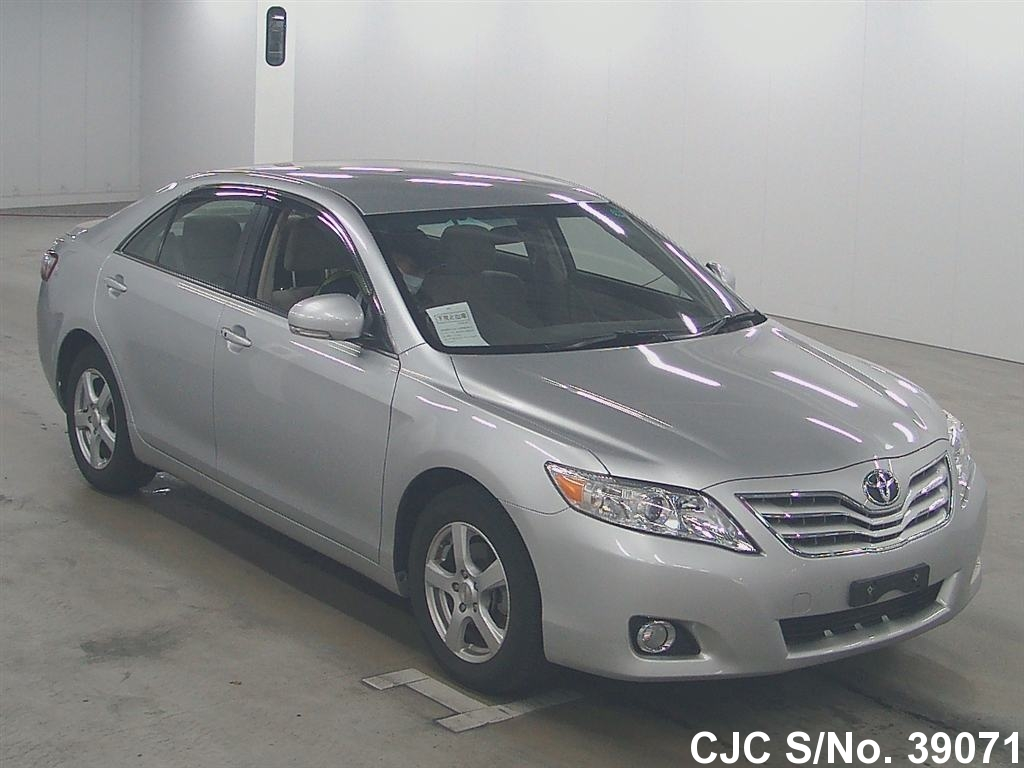 2010 toyota camry silver for sale stock no 39071 japanese used cars exporter. Black Bedroom Furniture Sets. Home Design Ideas