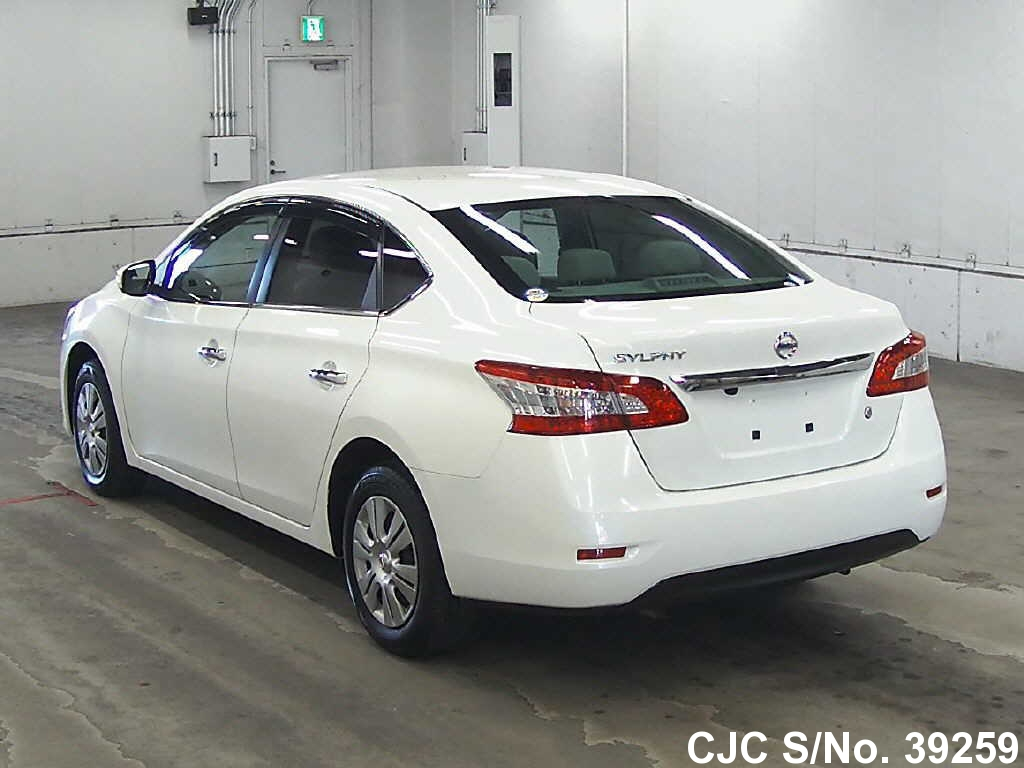 2013 Nissan Bluebird Sylphy Pearl For Sale Stock No
