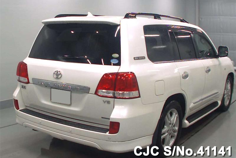 Used Toyota Land Cruiser car
