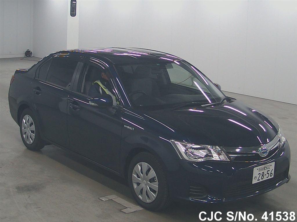 Toyota / Corolla Axio 2014 1.5 Petrol