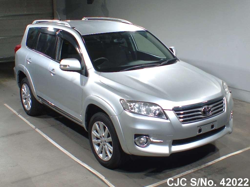 Toyota / Vanguard 2010 2.4 Petrol