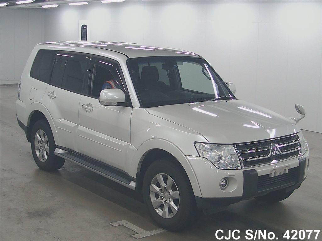 Mitsubishi / Pajero 2009 3.0 Petrol