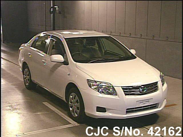 Toyota / Corolla Axio 2010 1.5 Petrol