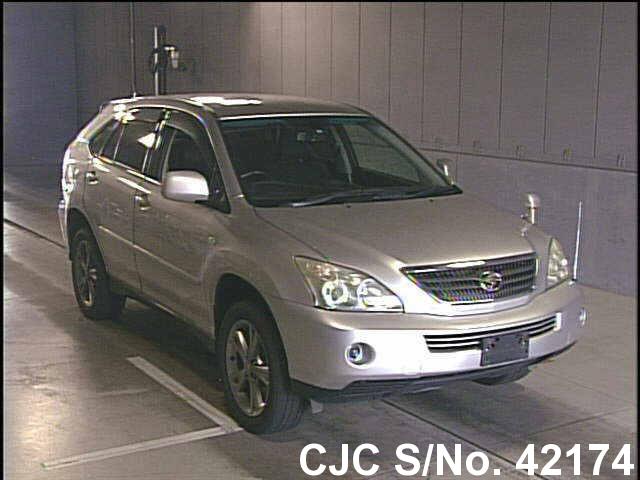 Toyota / Harrier 2005 3.3 Petrol