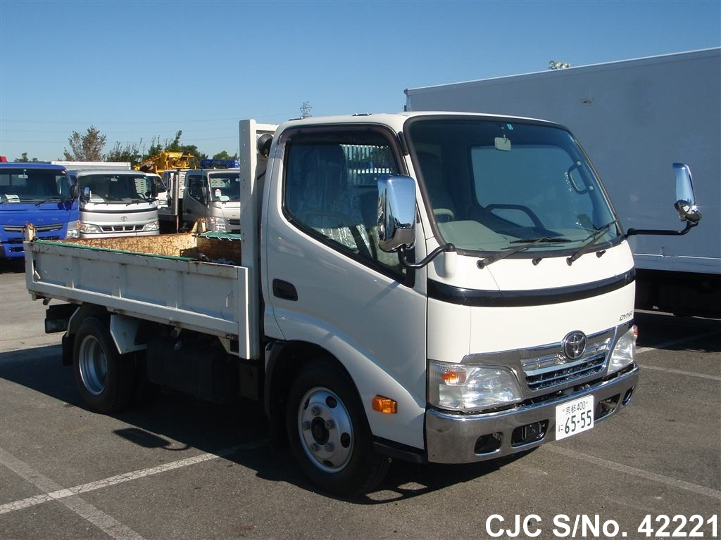 Toyota / Dyna 2009 4.0 Diesel