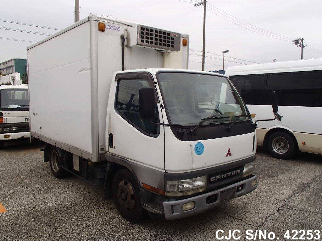 7047caafb6 2001 Mitsubishi   Canter Stock No. 42253