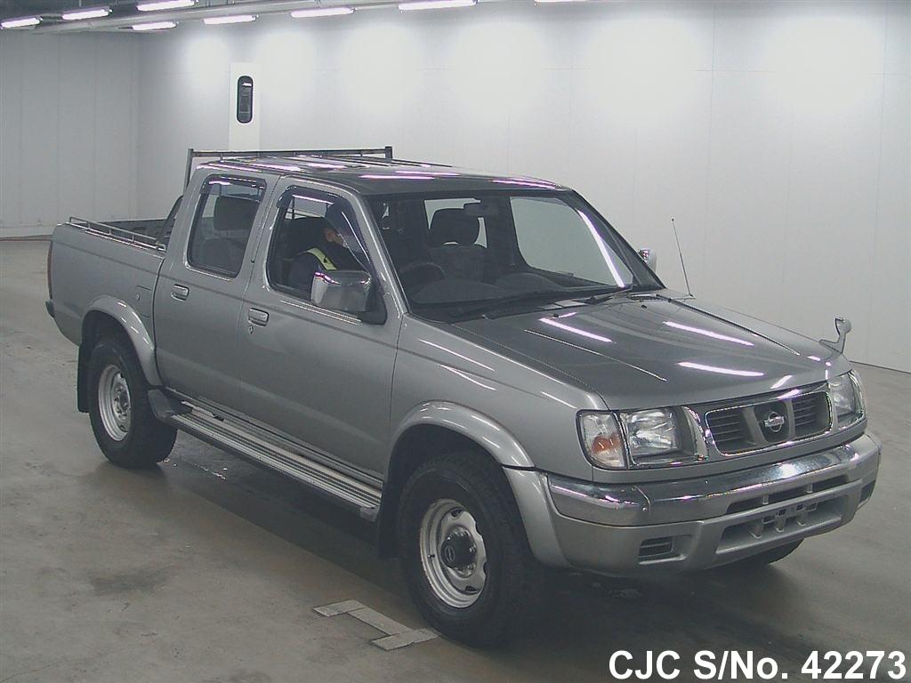 Nissan / Datsun 2001 2.4 Petrol