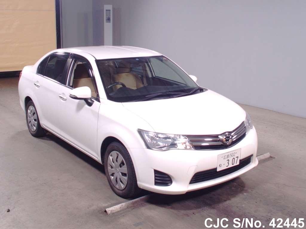 Toyota / Corolla Axio 2012 1.5 Petrol