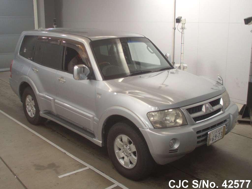 Mitsubishi / Pajero 2003 3.5 Petrol
