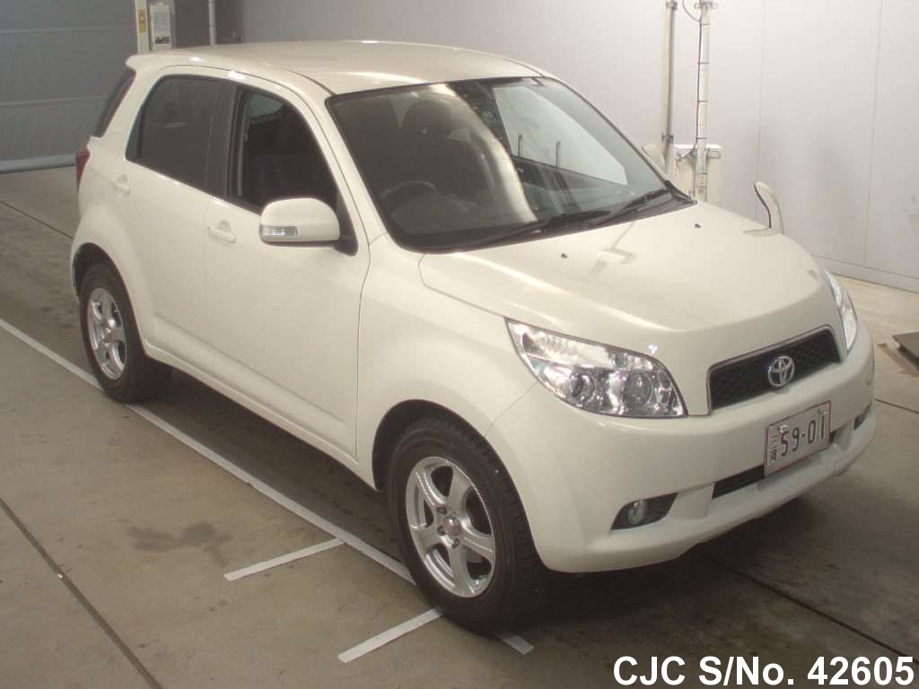 Toyota / Rush 2007 1.5 Petrol