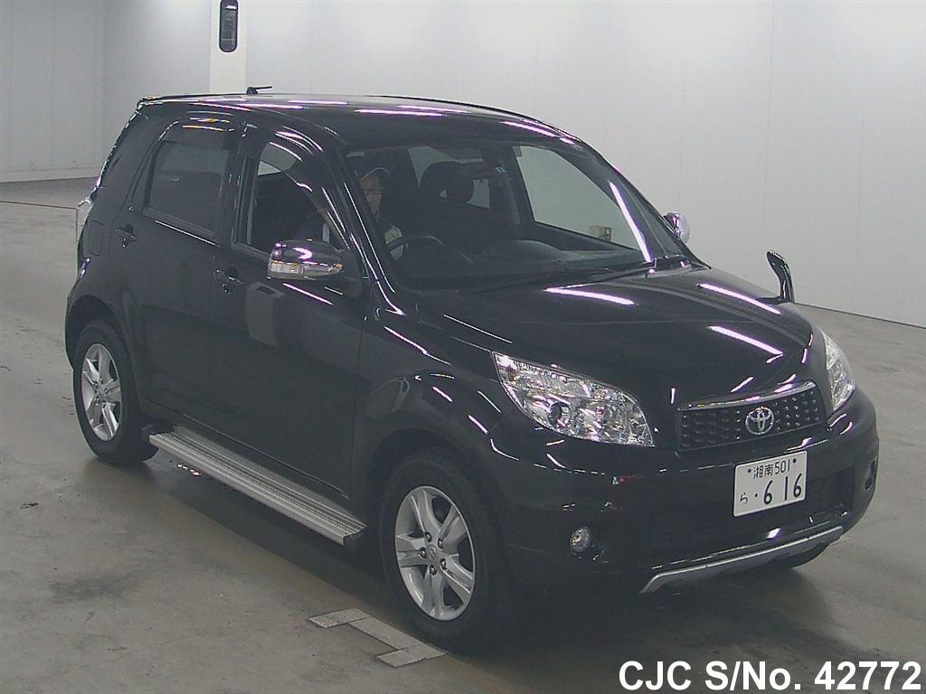 Toyota / Rush 2010 1.5 Petrol