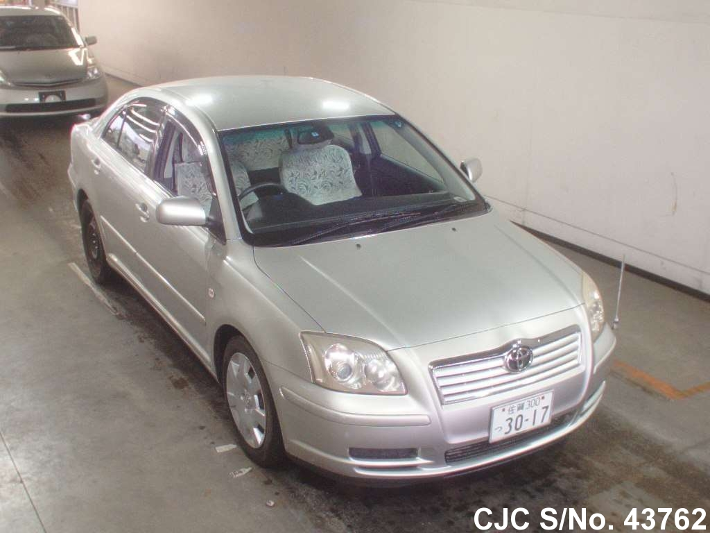 2004 toyota avensis silver for sale stock no 43762 japanese used cars exporter. Black Bedroom Furniture Sets. Home Design Ideas