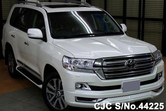 2016 Toyota / Land Cruiser Stock No. 44225