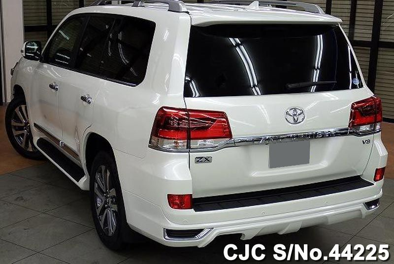 2016 Toyota / Land Cruiser Stock No. 44225