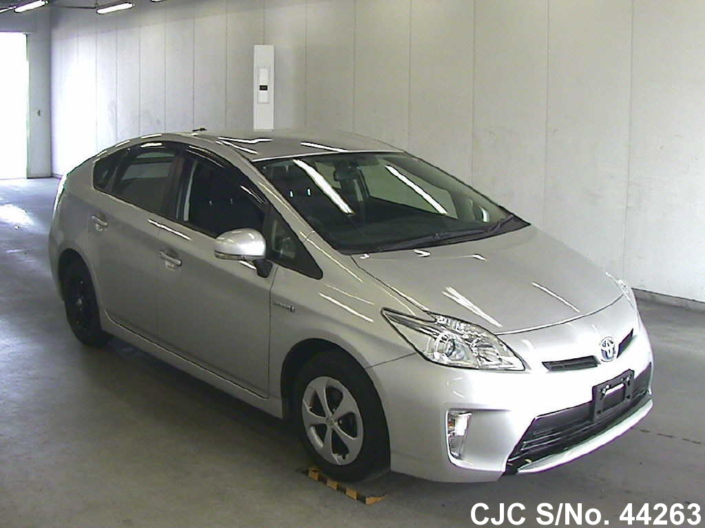 2013 toyota prius hybrid silver for sale stock no 44263 japanese used cars exporter. Black Bedroom Furniture Sets. Home Design Ideas