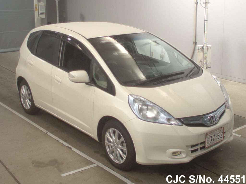2010 honda fit jazz pearl for sale stock no 44551 japanese used cars exporter. Black Bedroom Furniture Sets. Home Design Ideas
