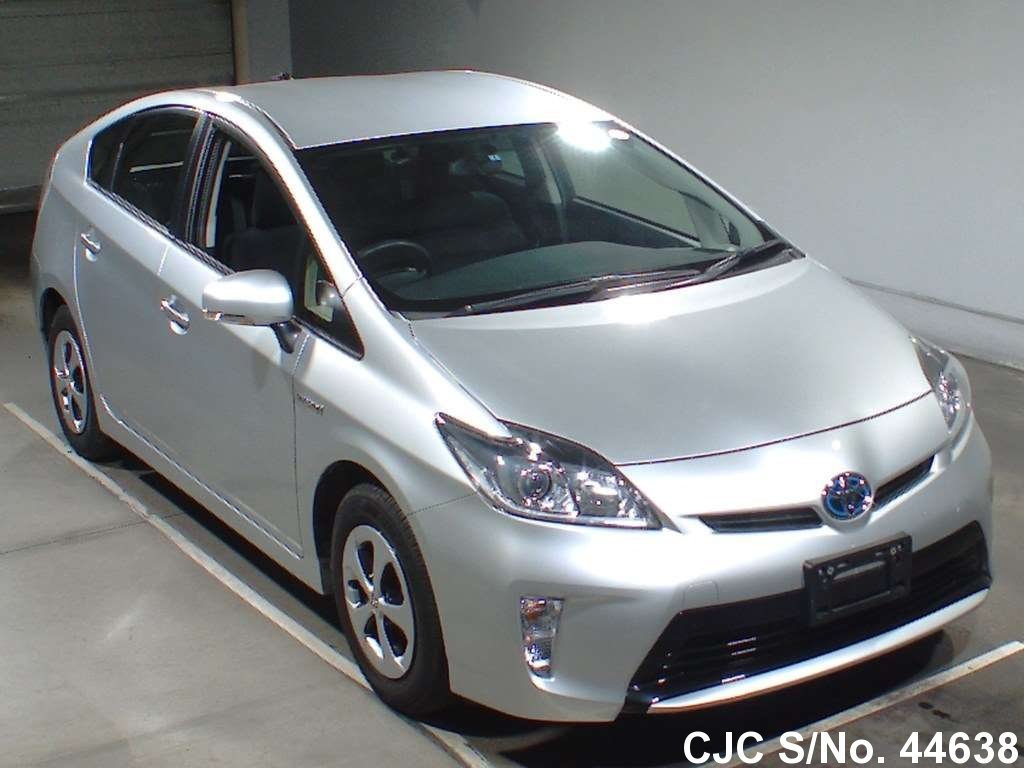 2013 toyota prius hybrid silver for sale stock no 44638 japanese used cars exporter. Black Bedroom Furniture Sets. Home Design Ideas