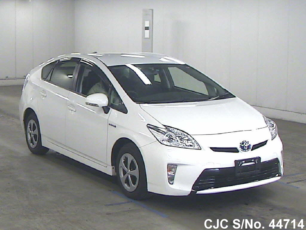 2012 toyota prius hybrid white for sale stock no 44714 japanese used cars exporter. Black Bedroom Furniture Sets. Home Design Ideas