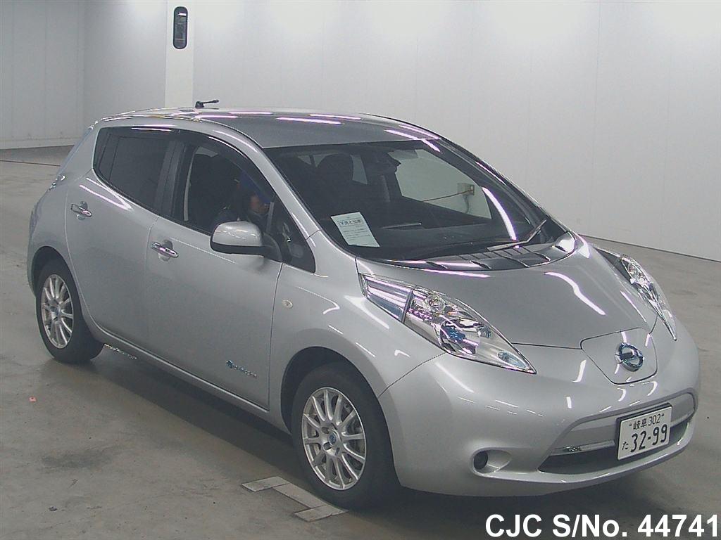 2013 nissan leaf silver for sale stock no 44741 japanese used cars exporter. Black Bedroom Furniture Sets. Home Design Ideas
