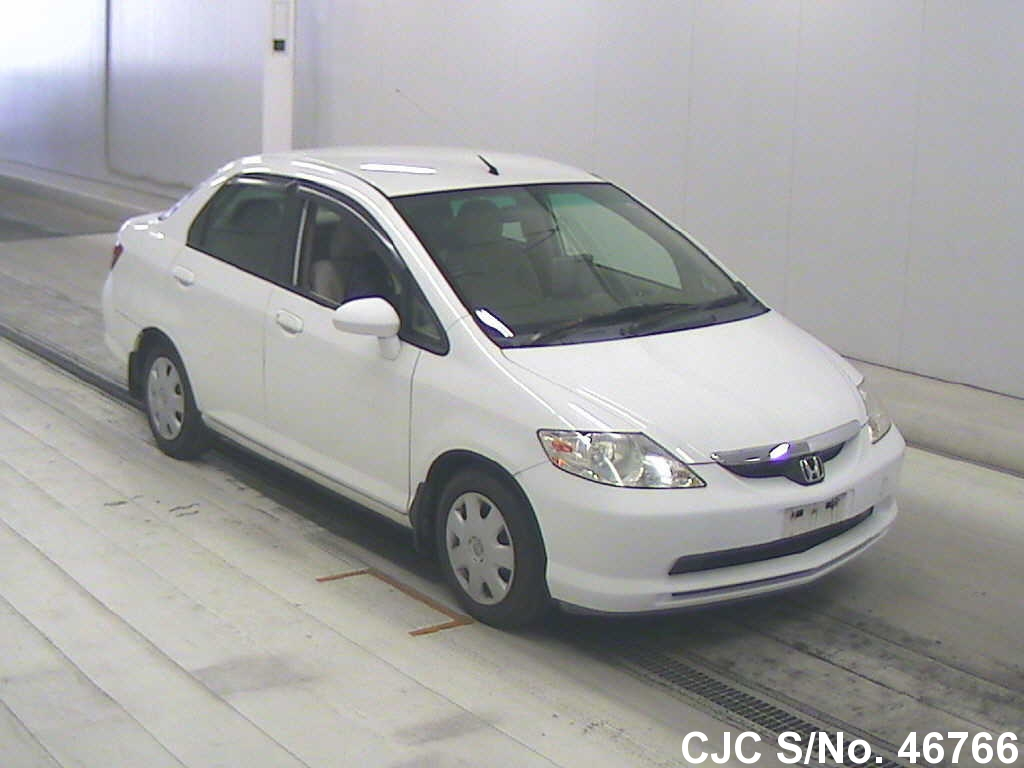 2003 honda fit jazz white for sale stock no 46766 japanese used cars exporter. Black Bedroom Furniture Sets. Home Design Ideas