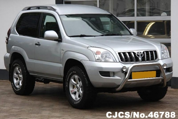 2004 left hand toyota land cruiser silver for sale stock. Black Bedroom Furniture Sets. Home Design Ideas