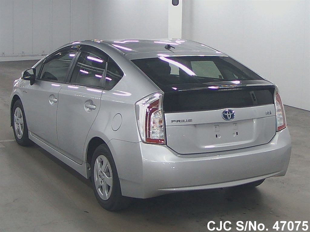 2012 toyota prius hybrid silver for sale stock no 47075 japanese used cars exporter. Black Bedroom Furniture Sets. Home Design Ideas